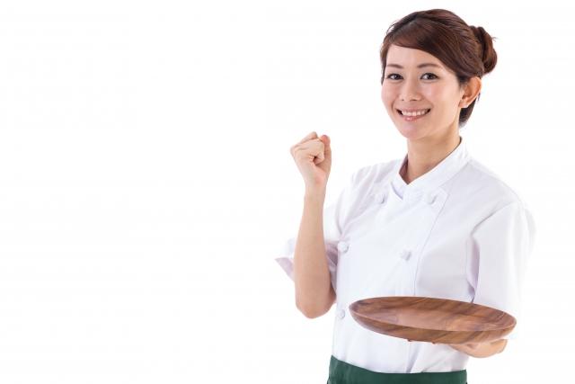 飲食店 店員 女性 ガッツポーズ